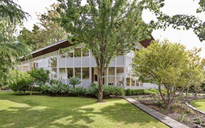 'Blott House' 7 Allambi Rd, Chirnside Park VIC