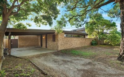1 Harley Pl, Wheelers Hill VIC