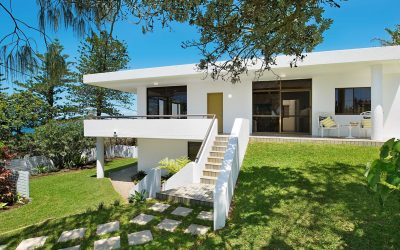 'McCafferty Residence' 39 Victoria Tce, Kings Beach QLD