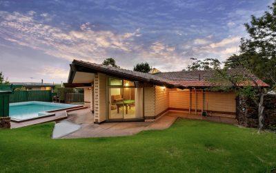'Oxlade House' 2 Ridgehaven Dve, Bellevue Heights SA