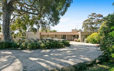 'Tradewinds' 5 Canadian Bay Rd, Mount Eliza VIC