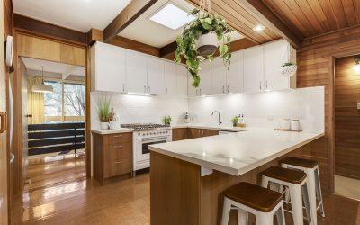 'Lewis House' 30 Wattle Valley Rd, Mitcham VIC